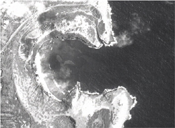 9-24-1992: Aerial Images of Hanauma Bay and Koko Marina.
